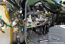 Современные автомобили изобилуют массой проводов. Найти неисправность, порой, достаточно сложно.